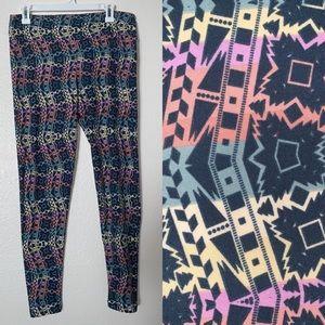 LuLaRoe (Tall & Curvy) Multicolor Design Leggings